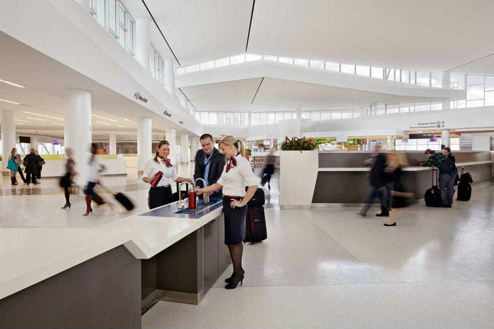 aeroporto senza plastica