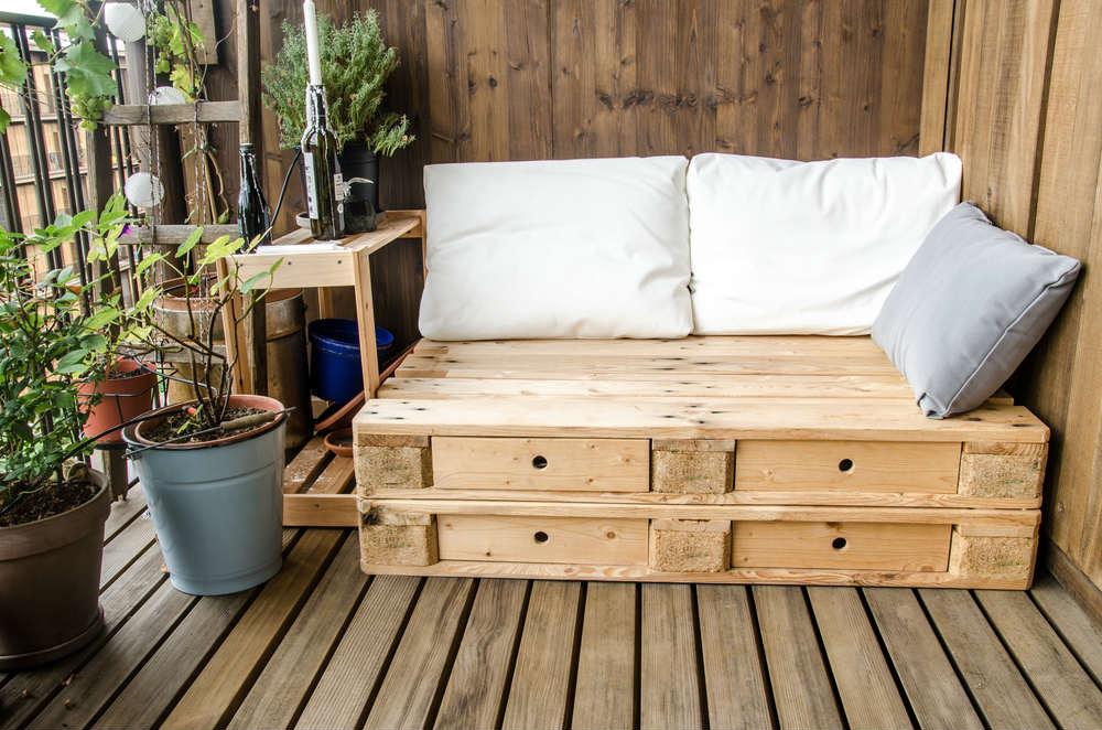 divano fai da te con il riciclo creativo