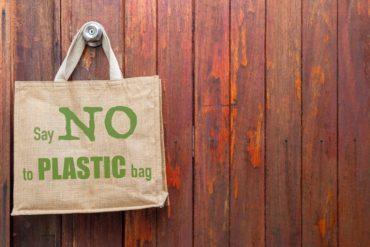 stop ai sacchetti di plastica a new york