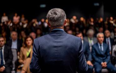 DECISIONI CORONAVIRUS ESPERTI POLITICA