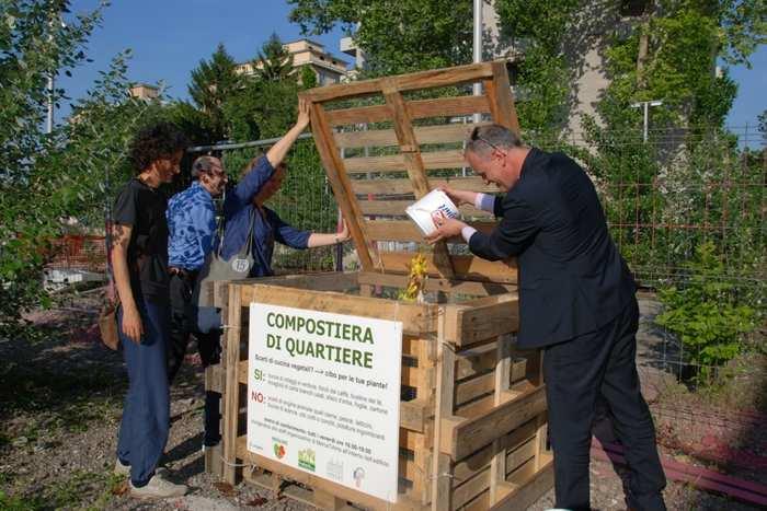 Compostiera di quartiere, dai rifiuti umidi al fertilizzante organico