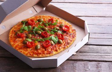 dove si butta il cartone della pizza