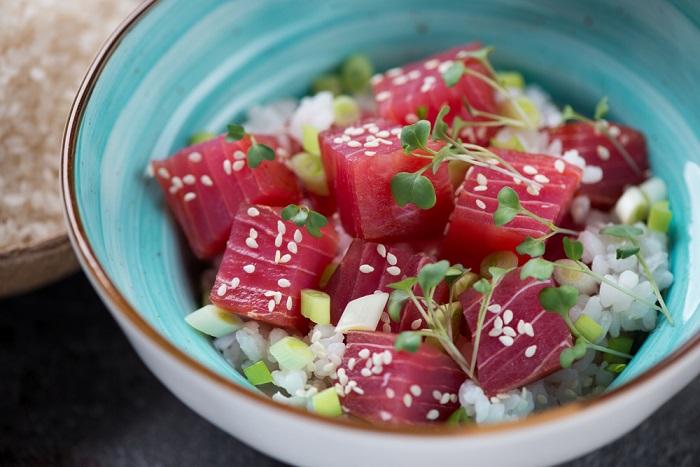 ricetta riso con tonno marinato
