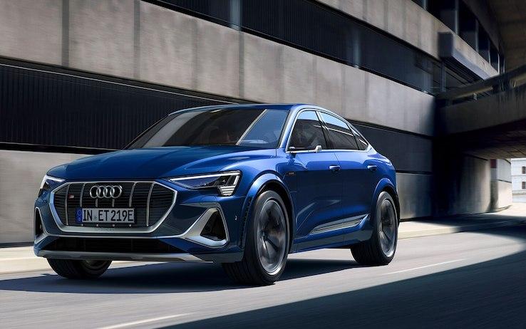 La sfida di Audi che presenta la prima vettura al mondo con tre motori elettrici a zero emissioni
