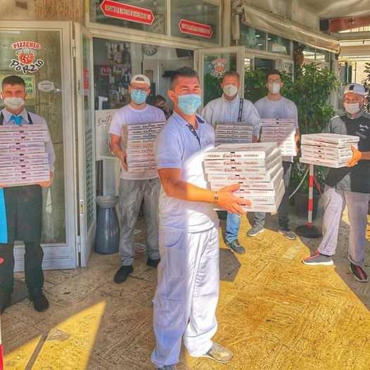 pizza gratis per i poveri napoli
