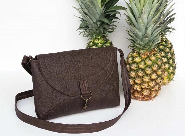 Piñatex: la pelle fatta con l'ananas. Ecologica, etica, sostenibile e poco costosa