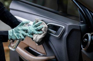 Come sanificare l'auto