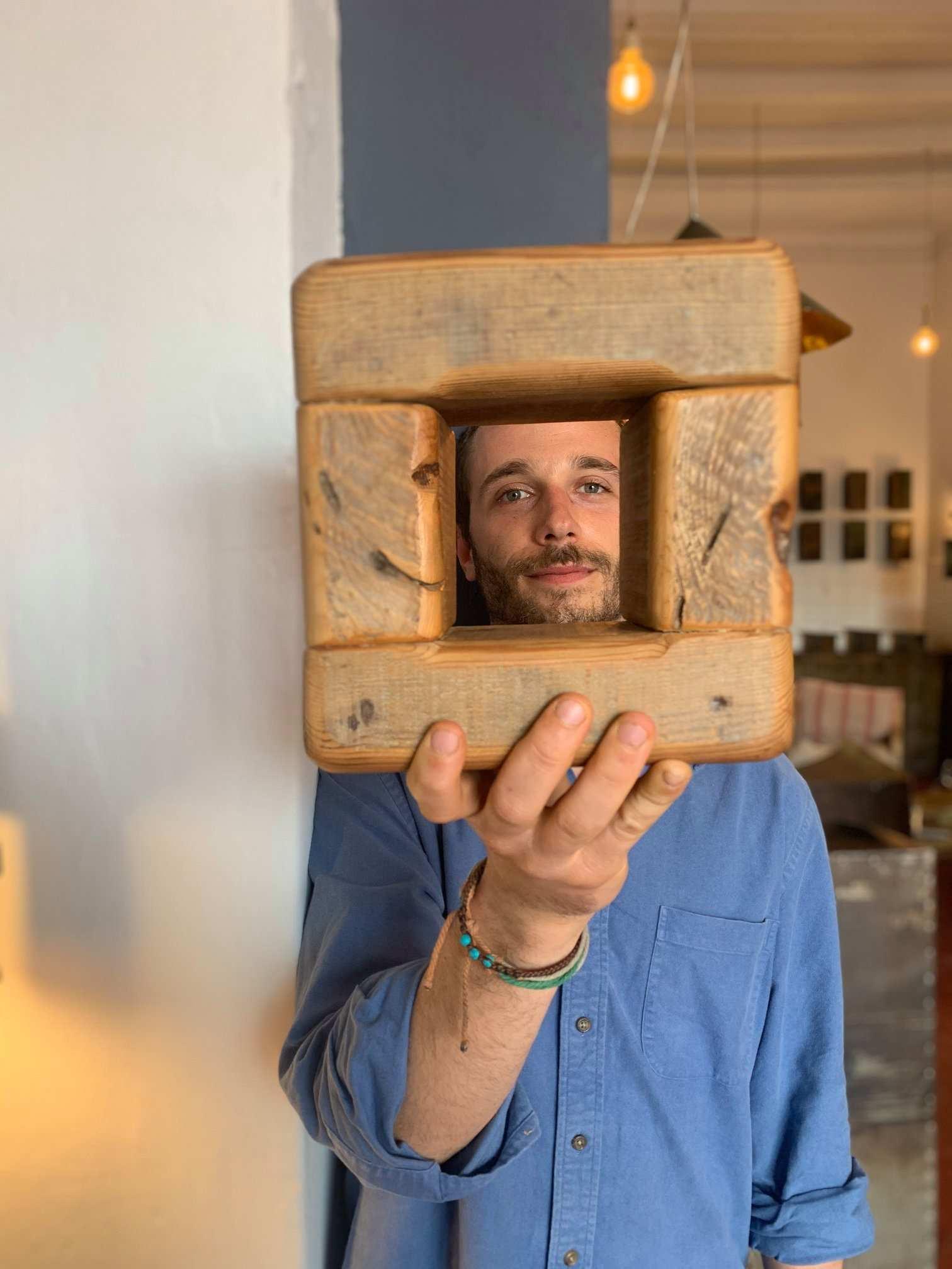 mobili di design con legno e metallo di recupero