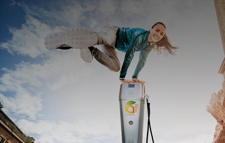 Colonnine di ricarica per auto elettriche: sono quasi 20mila in Italia. Ecco dove trovarle