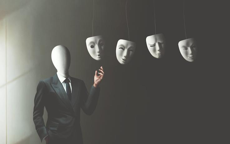 Come riconoscere una persona ipocrita
