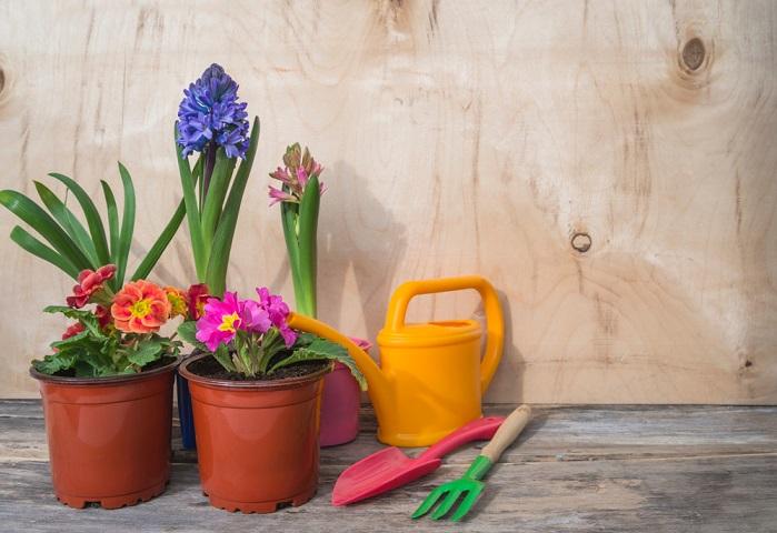 riciclo creativo attrezzi da giardino