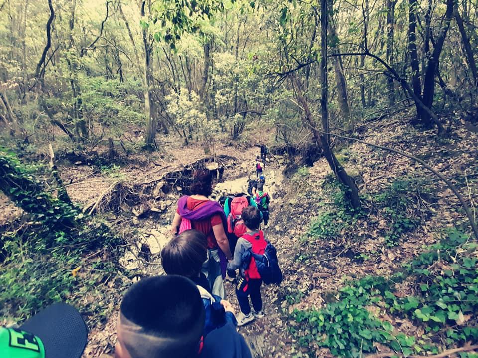 La scuola che cammina: il progetto che a Livorno porta i bambini a conoscere natura e cultura