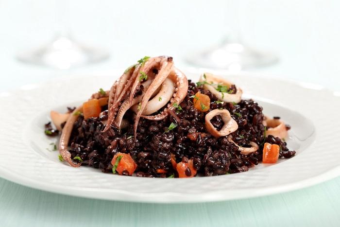 ricetta insalata di riso venere con i calamari